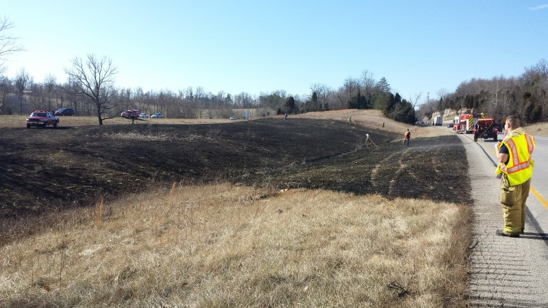 Brush Fire Shuts Down I-64 WB